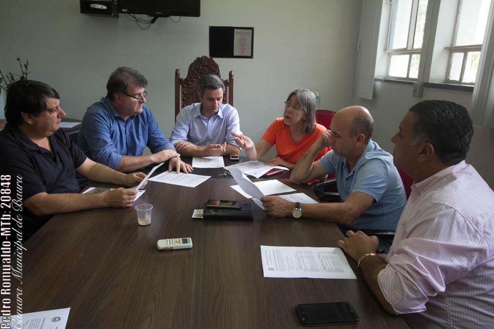 Roger Barude, o prefeito Gazzetta, Markinho, Telma Gobbi, Coronel Meira e Miltinho Sardin
